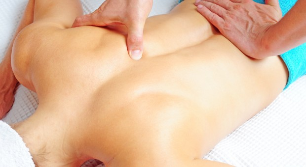 Tui na acupressure massage
